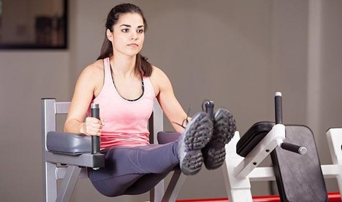 Лучшее упражнение на пресс для девушек