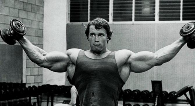 Тренировка плеч Арнольда Шварценеггера