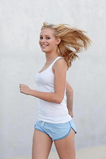 Девушка спортсменка