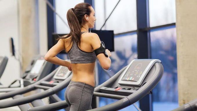 Как тренироваться на беговой дорожке