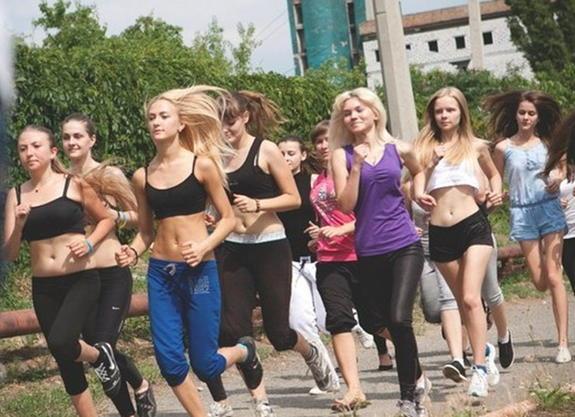 Народный спорт для девушек фото