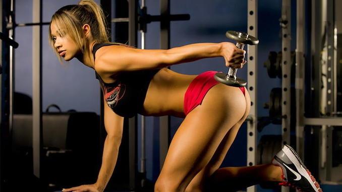 Спортивная девушка фото
