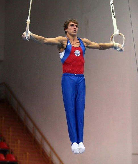Тренировки с гимнастическими кольцами