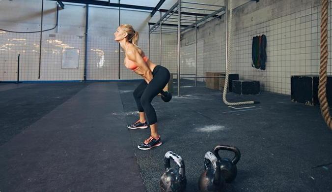 Тренировки с гирями для девушек