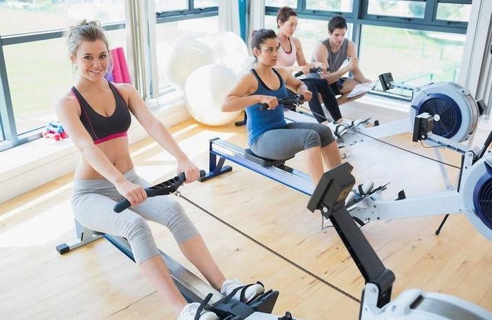 Тренировки в спортзале для девушек